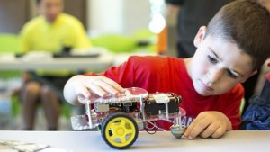 GoBox for children to learn programming and robotics